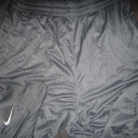 delicate colors free shipping autumn shoes NIKE BASKETBALL SHORTS SIZE 4XL MEN NWT $50.00 NWT
